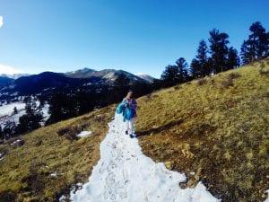hiking-in-winter-rmnp
